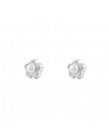 9ct White Gold Daisy flower pearl Earrings
