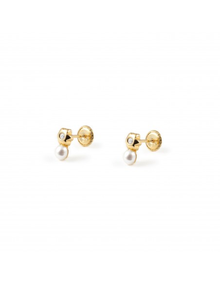 18ct Yellow Gold Flower pearl Baby Earrings